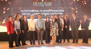 Phoenix Petroleum wins Outstanding Filipino Franchise 2017
