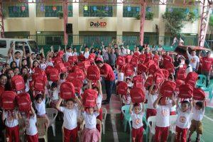 Phoenix Petroleum makes 4000 kids smile this Christmas