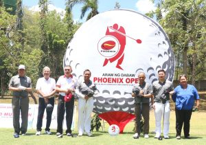 3-26 Dennis Uy and guests at 11th Phoenix Open ceremonial tee off