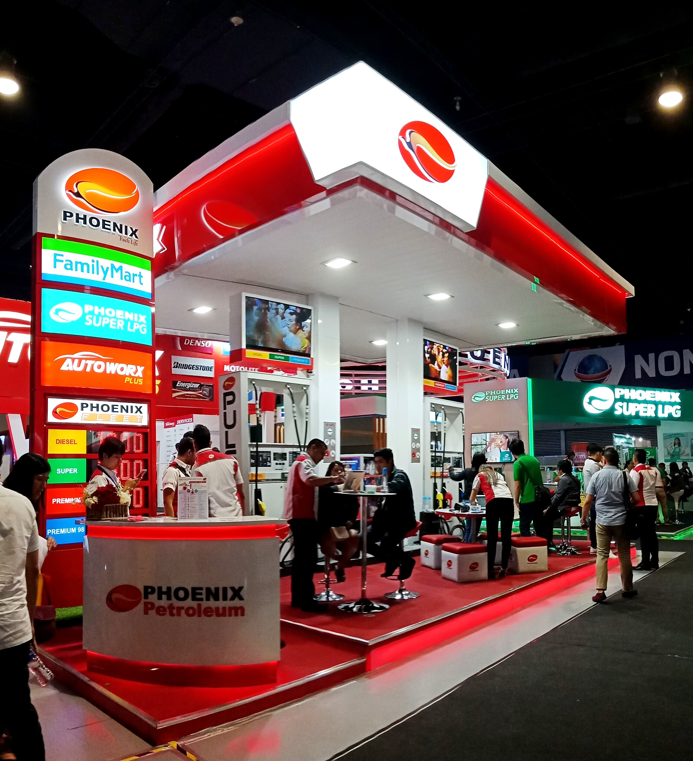 Phoenix Petroleum booth at Franchise Asia Philippines 2019