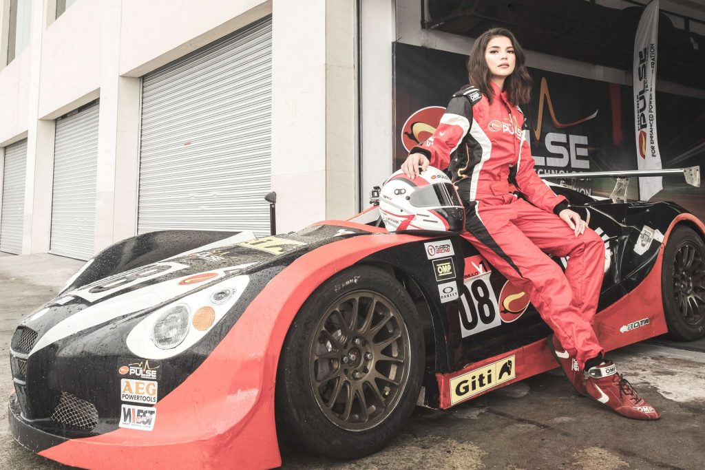 Rhian Ramos goes back to the race track for the Phoenix PULSE racing team