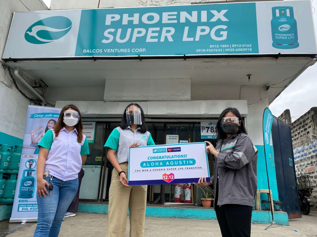Phoenix SUPER LPG awards promo winner with free SUPER Hub franchise package