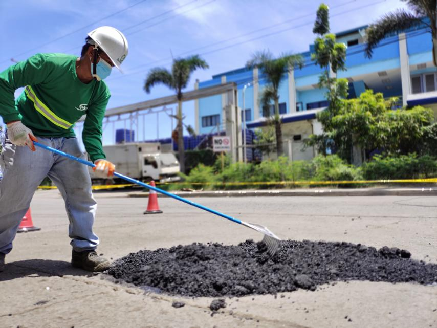 Phoenix Asphalt introduces DIY product for pothole problems